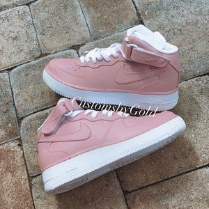 Custom all pink Air Force 1 mids